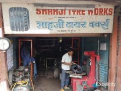 Shahaji Tyre Works Puncture and Nitrogen air