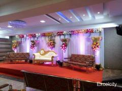Pravin Decorater