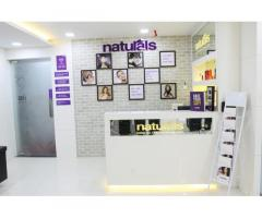 Natural Unisex Salon