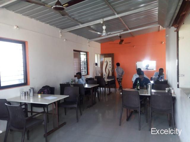 Raj Hotel (Permit Room And Bear Bar)