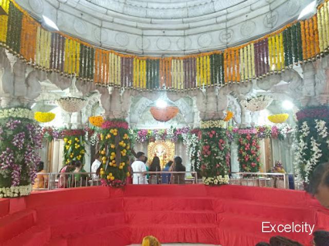 Shri Mahalaxmi Mandir Sarasbaug